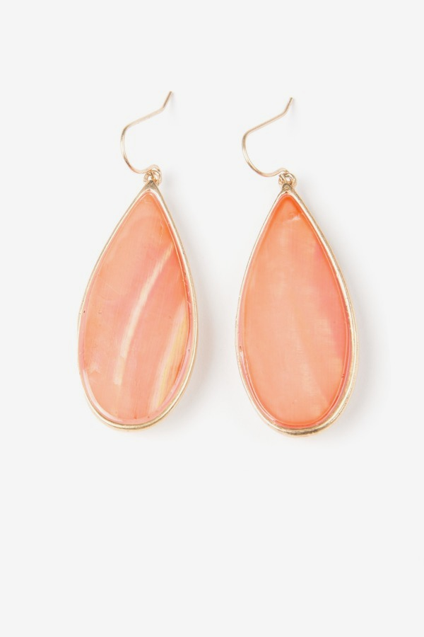 Shell Teardrop Earings