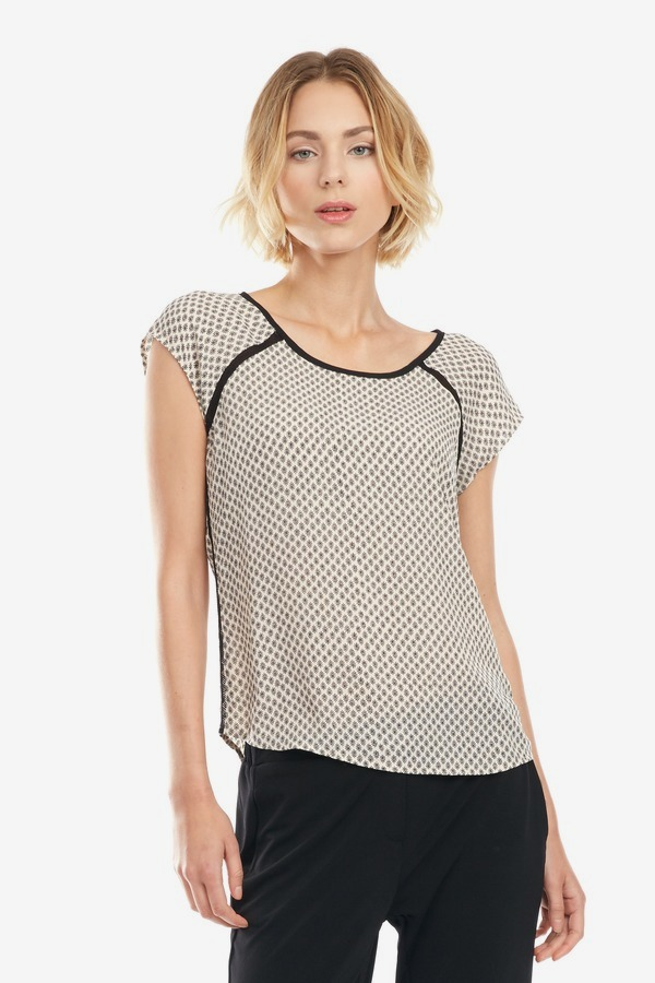 Mesh Seamed Printed Top