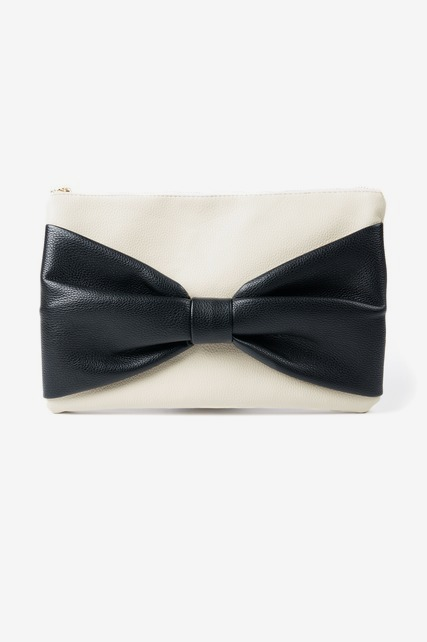 Contrast Bow Clutch
