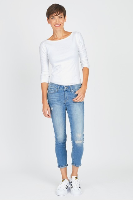 Distressed Mid Rise Jean