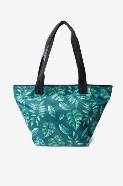 Palm Leaf Tote