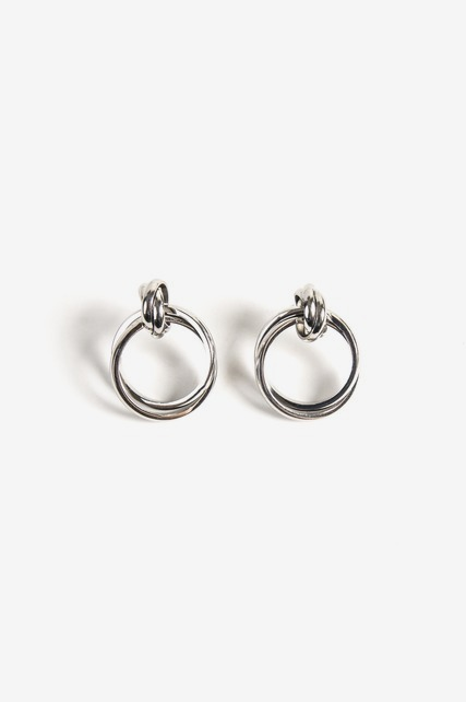 Intertwined Circle Earring