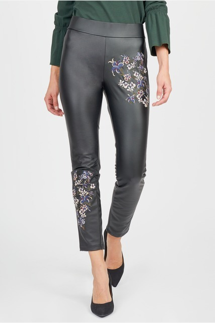 Embroidered Legging