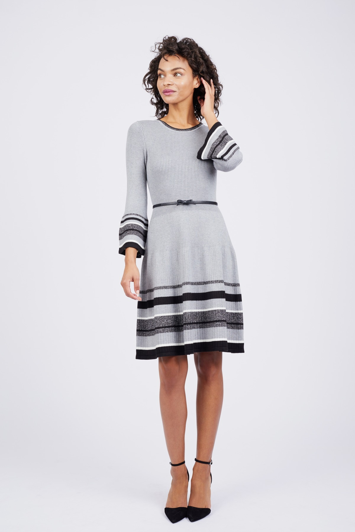 2530d839b717 Stripe Hem Dress by Jessica Howard - Rent Clothes with Le Tote