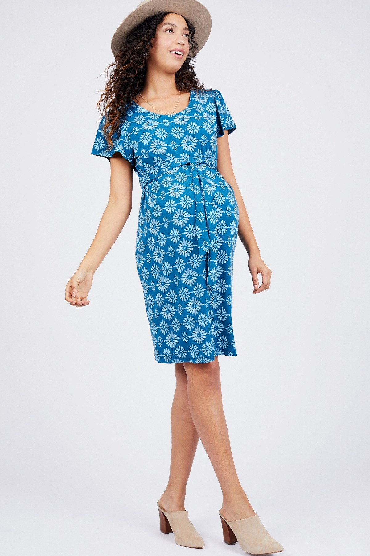 Flutter Sleeve Dress by Octavia Maternity - Rent Clothes with Le Tote