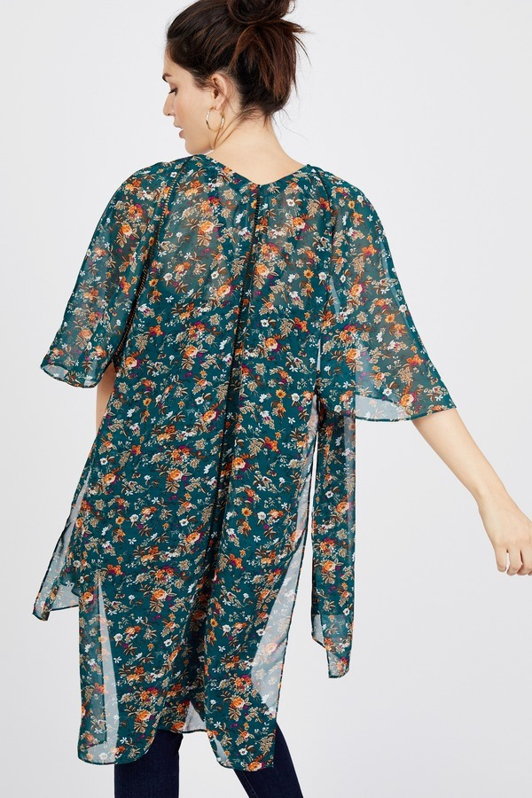 10233dee1 Ladder Trim Floral Kimono by Julep And Petals - Rent Clothes with Le Tote